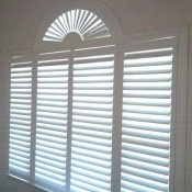 white-blinds-with-semi1